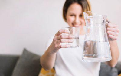 ¿Cuanta agua debemos beber?