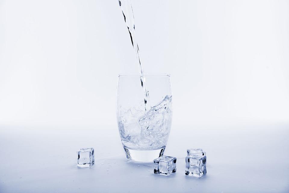 La importancia del hielo en las bebidas