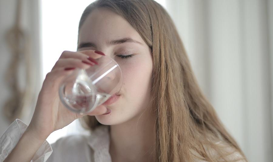 Agua libre de impurezas sin recurrir al agua embotellada